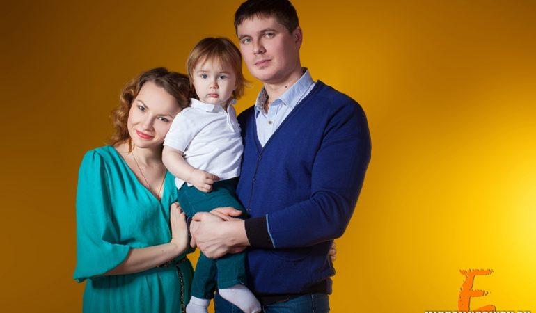 Ваня и его семья. Съемка в студии