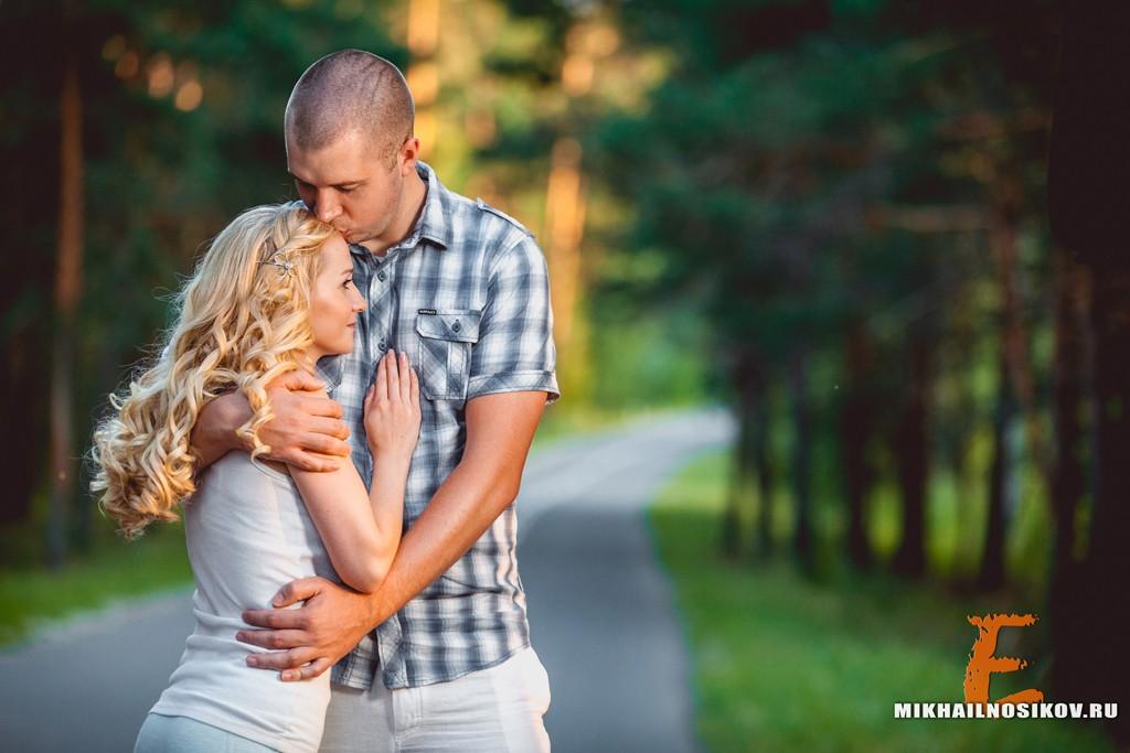 Красивая фотосессия влюбленной пары