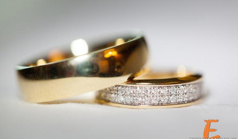Обручальное кольцо, непростое украшение, двух сердец одно решение, обручальное кольцо!