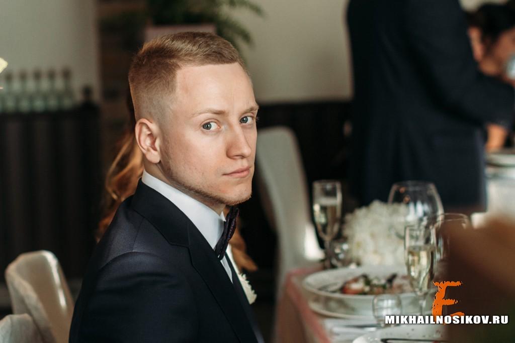 Свадебная фотосессия - банкет