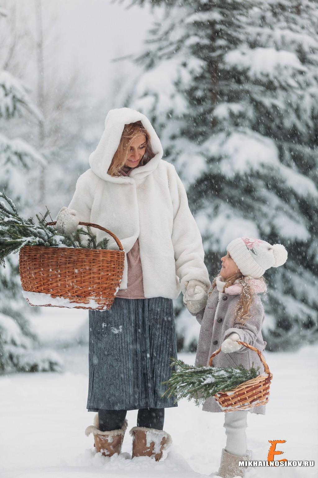 Зимняя фотосессия в лесу с ребенком