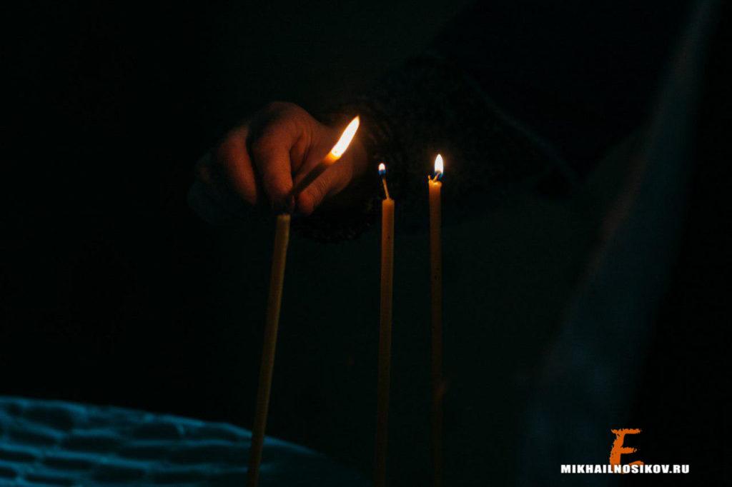Крещение ребенка пламя свечи