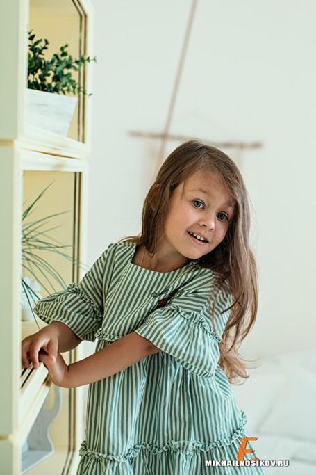 Семейная фотосессия в студии - ребенок